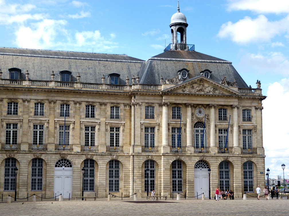 Bordeaux 15 - place de la bourse.jpg
